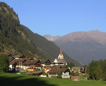 Hopfgarten in Defereggen ist eine Gemeinde im Bezirk Lienz in Osttirol und Ausgangspunkt der Wanderung.