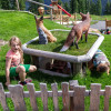Auch Füchse dürfen nicht fehlen auf dem Spielplatz.
