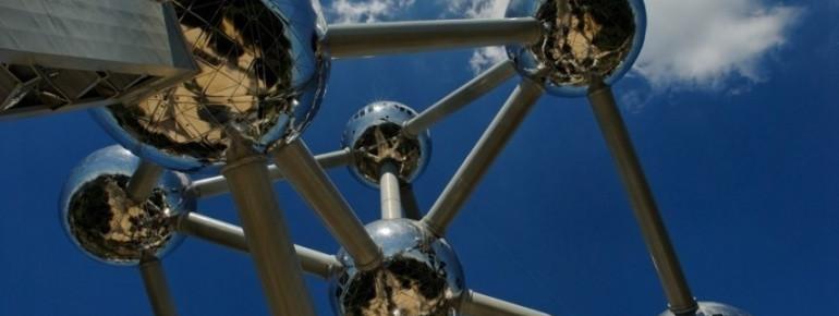 Das Atomium ist das Wahrzeichen der Stadt Brüssel