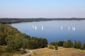 Toller Ausblick von der Bistumshöhe auf den See.