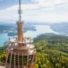 Genieße von der Aussichtsplattform einen tollen Ausblick über den Wörthersee.