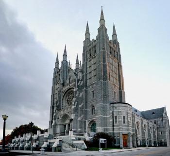 Die Türme der Basilika
