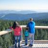 An Tagen mit klarer Sicht sieht man vom Aussichtsturm mehrere Hundert Kilometer weit.