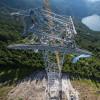 Die 127 Meter hohe Stahlstütze ist die höchste der Welt.