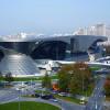 Unübersehbar im Münchner Norden liegt die 2007 eröffnete BMW Welt.