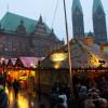 Der Bremer Weihnachtsmarkt findet auf dem Marktplatz zwischen Rathaus und Dom statt.
