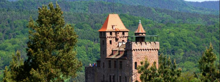 Hier wird das Mittelalter wieder lebendig: Burg Berwartstein bei Erlenbach.