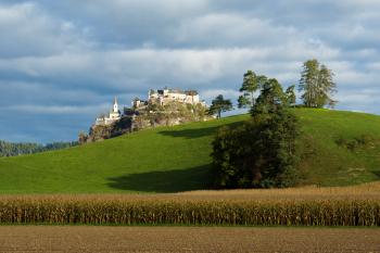 Immer wieder finden auf Hochosterwitz Ritterfeste, Konzerte oder Vollmondwanderungen statt.