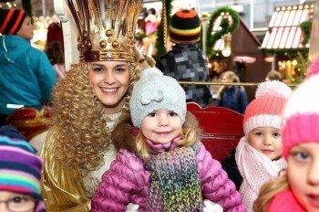 Das Nürnberger Christkind bringt Kinderaugen zum Leuchten