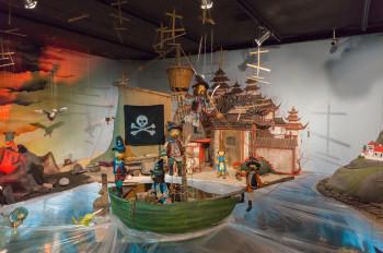 Die wilde 13 sticht in See - eine der Dauerausstellungen im Puppenkistenmuseum.