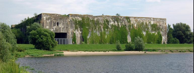 Bunker Valentin - Weserseite