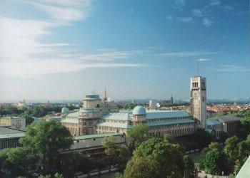 Das Deutsche Museum liegt mitten in München.