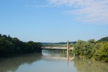 Die Kaiserin-Elisabeth-Brücke steht unter Denkmalschutz.