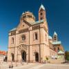 Der Dom zu Speyer von außen.