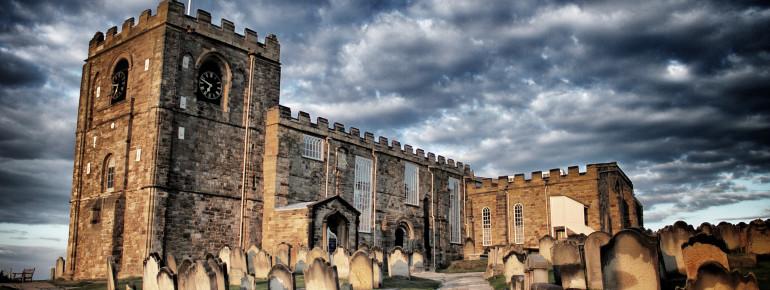 Die Kirche St. Mary's und ihr Friedhof inspirierte Stoker zu seinem Roman Dracula.