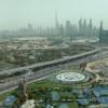 Die Skyline Dubais kann man auch vom Inneren des Gebäudes bestaunen.