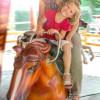 Das Pferdekarussell bereitet nicht nur den Kleinen Spaß.
