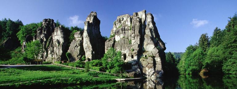 Die riesigen Felsen sind vor Millionen von Jahren entstanden.