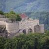 Die Burg Hohenneuffen ist das Zuhause seltener Tiere und Pflanzen.