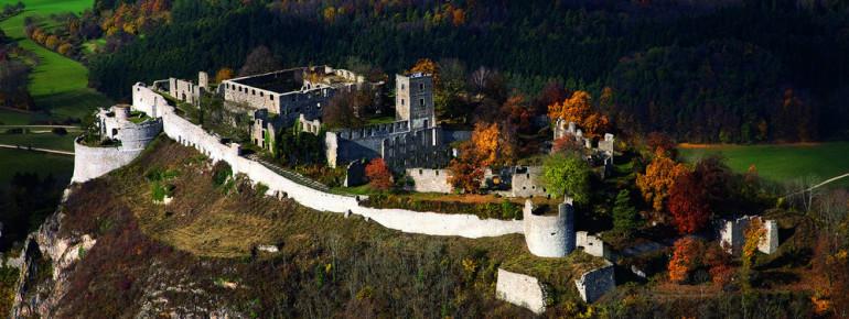 Die Festungsruine Hohentwiel stellt den Ort und das Symbol nationaler Begeisterung dar.