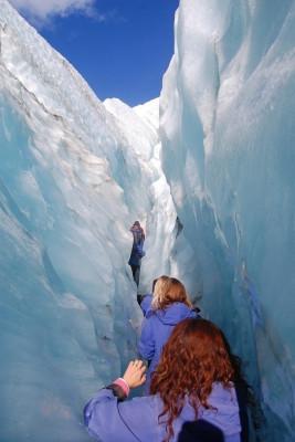 Wanderung durch eine Gletscherschlucht