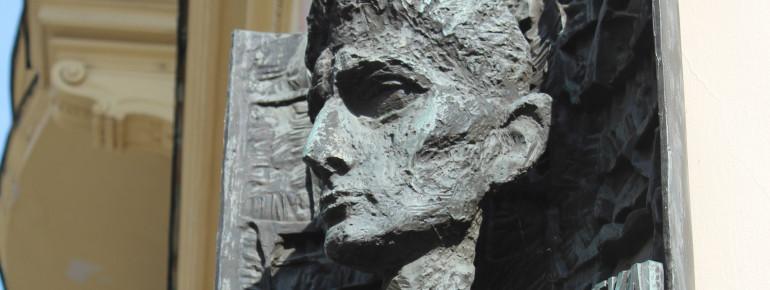 Franz Kafka und Prag sind untrennbar miteinander verbunden.