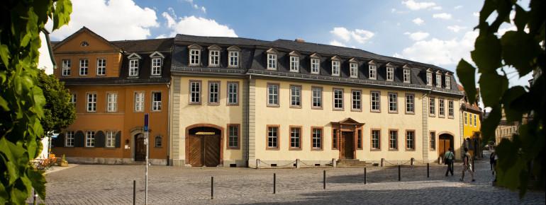 Außenansicht des Goethe Nationalmuseums in Weimar.