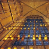 Gedenkkerzen im Inneren des Turms