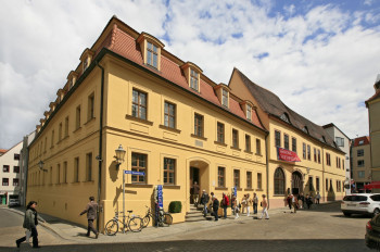 Das Händelhaus befindet sich im Herzen von Halle in der Großen Nikolaistraße 5.