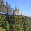 Die Hängebrücke ist 380 Meter lang.