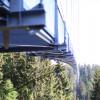 Die Fußgängerhängebrücke führt vom Auchhalderkopf zum Sommerberg.