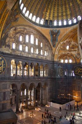 Der Innenraum der Sophienkirche ist unter anderem mit religiösen Mosaiken geschmückt.