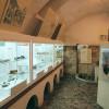 Zahlreiche Fundstücke, die im Zuge von Arbeiten auf dem Burggelände entdeckt wurden, sind im Burgmuseum zu sehen.