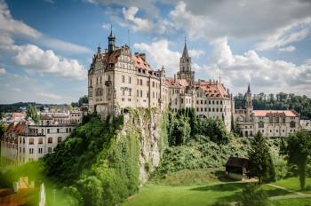 Das Hohenzollernschloss Sigmaringen ist Deutschlands zweitgrößtes Stadtschloss.