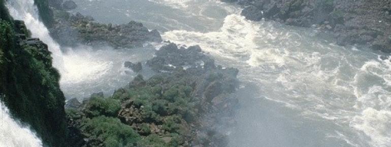 Die Wasserfälle von brasilianischer Seite aus gesehen
