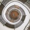 Die freischwebende Wendeltreppe mit 154 Stufen