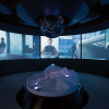Filmsequenzen aus Spectre dürfen in der Installation natürlich nicht fehlen.
