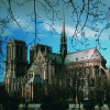 Die Kathedrale von Notre Dame ist im Stil der Gotik errichtet.