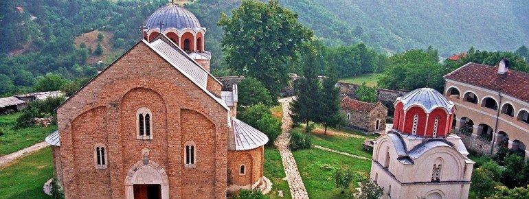 Blick von oben auf die Klosteranlage