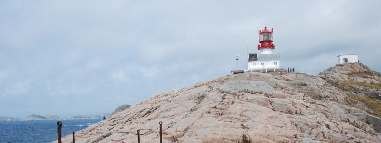Der Leuchtturm Lindesnes im Süden Norwegens