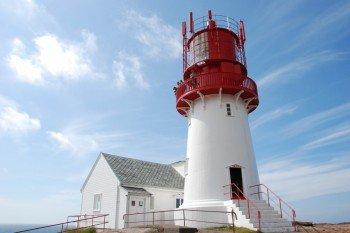 Der Leuchturm markiert den südlichsten Punkt des norwegischen Festlandes