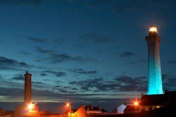 Die beiden Leuchttürme im Abendlicht.