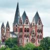 Der Limburger Dom ist nicht zu übersehen.