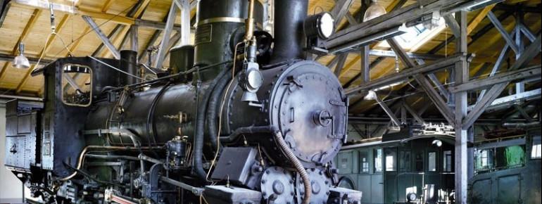 Lokomotiven der letzten 150 Jahre kannst du in der Lokwelt besichtigen.