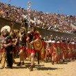 Das Amphietheater war früher Versammlungsstätte für Tausende Zuschauer. Während des Römerfests werden dort auc heute noch Aufführungen gezeigt.
