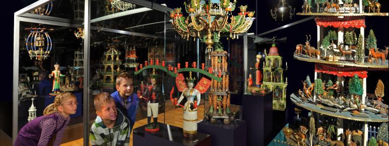 Die Manufaktur der Träume zeigt typische Volkskunst des Erzgebirges
