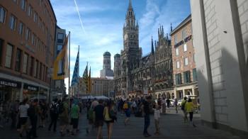 Der Marienplatz mit der Frauenkirche im Hintergrund