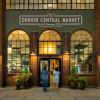 Der Eingang des Denver Central Market, welcher sich in der 2669 Larimer Street befindet.
