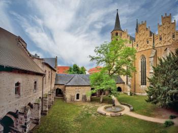 Der Kreuzgang ist im 12. Jahrhundert entstanden.