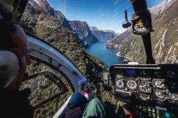 Der Milford Sound aus der Luft.